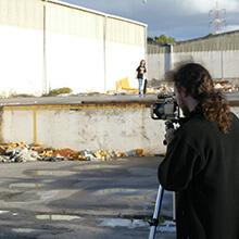 Grabando en spot lleno de escombros - Foto: Estefano Munar
