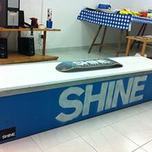 Shine box - Photo: Miki Jaume