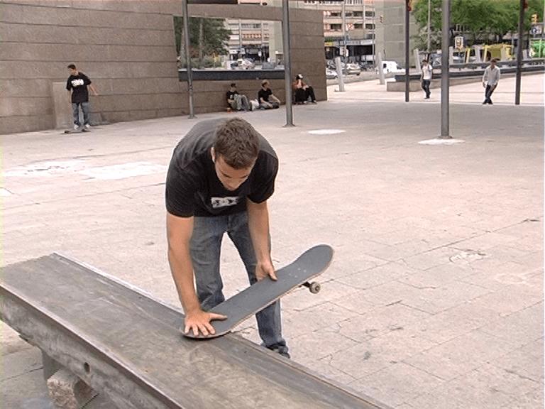Tutorial FS Tailslide, por Carlos Albendea, skate video
